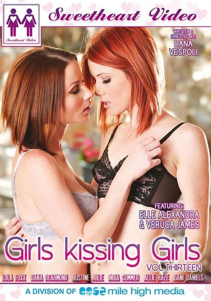 Girls Kissing Girls 13