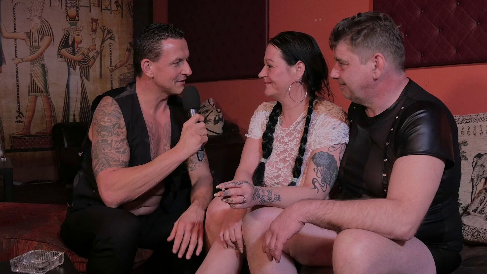 Magma swingt mit Porno Klaus in der Tempeloase